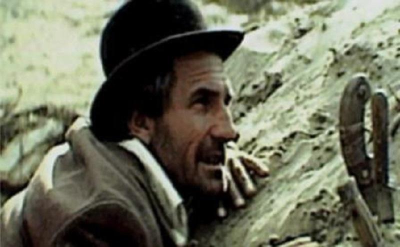 ALBUM DUMINICAL___FILM – Prin cenușa imperiului | cu George Dinica